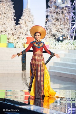 pageant-mu-2012-costume-7