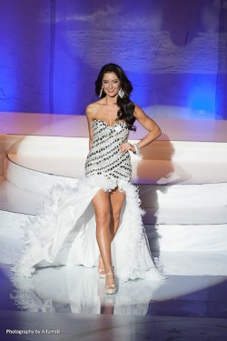 pageant-muc-2013-gown-2